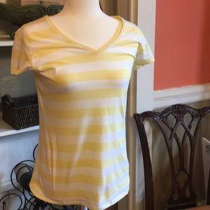 Gap favorite stretch t yellow stripes unworn